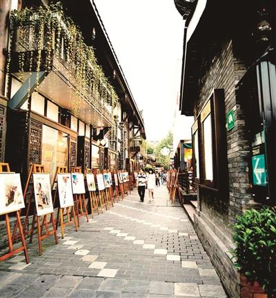 清朝古街道,与大慈寺,文殊院一起并称为成都三大历史文化名城保护街区